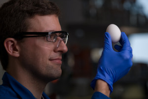 Researchers from UC Irvine have developed a way of unboiling eggs by restoring molecular proteins.Image: Steve Zylius/UC Irvine